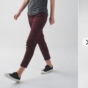 Lululemon City Trek Trouser Size 2 Bordeaux Drama